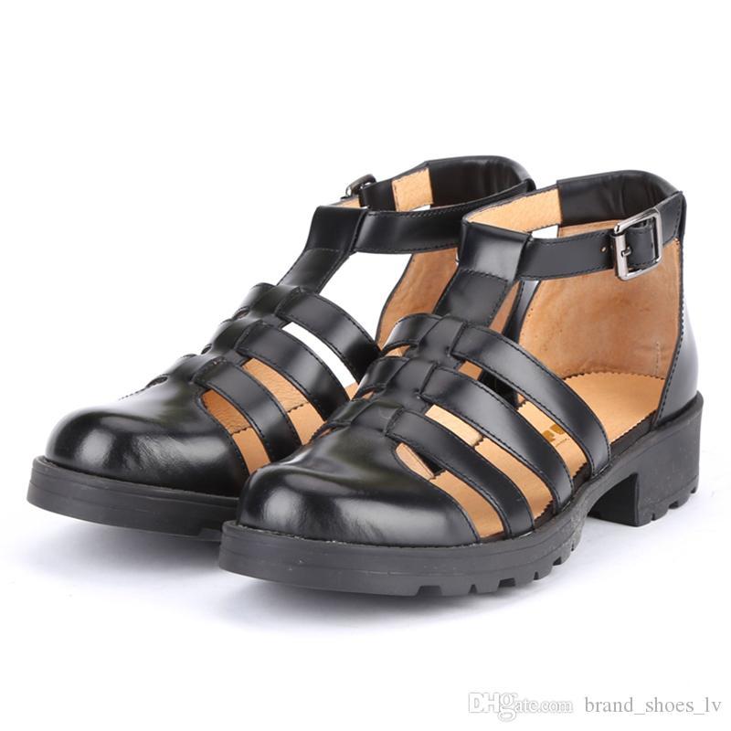Size66 Mulheres Rebites Arco nó Sandálias Chinelos Apartamentos Meninas Flip Flops studded Sapatos de Verão Fresco Praia Slides Geléia Sapatos lançador