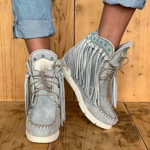 Personalizados mujeres de la borla botas ocasional linda usar zapatos de la manera del remache Botas de invierno de las señoras de fábrica al por mayor y al por menor