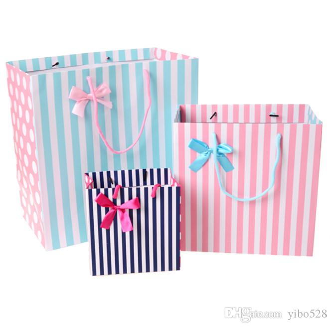 2019 Gift Bags 17*17*11cm Vertical Stripes Printing For Candy Chocolate Packing Bags Lover Classmate Friends Gift Bags