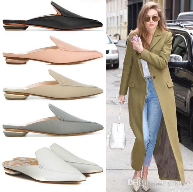 Lujo diseñador de las mujeres de los holgazanes mulas zapatillas de cuero genuino en punta dedos de los pies planos al aire libre deslizadores de los zapatos de moda flojo de las mujeres más el tamaño 34 ~ 43
