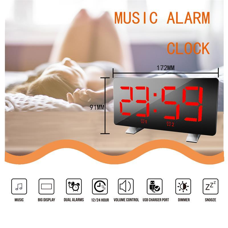 Réveil numérique Écran LED courbé Dimmable Horloge numérique Ultra-clair, grand nombre, luminosité, alarme Snooze 12 / 24H