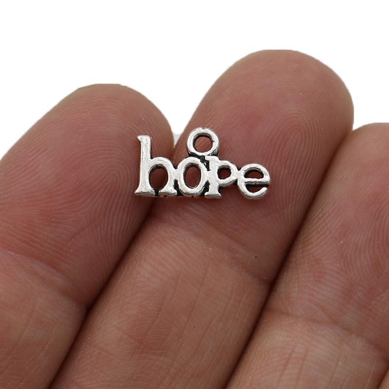 JAKONGO Silber überzogene Hoffnung Charm Anhänger für Schmucksachen, die Armband-DIY 8x16mm 20pcs