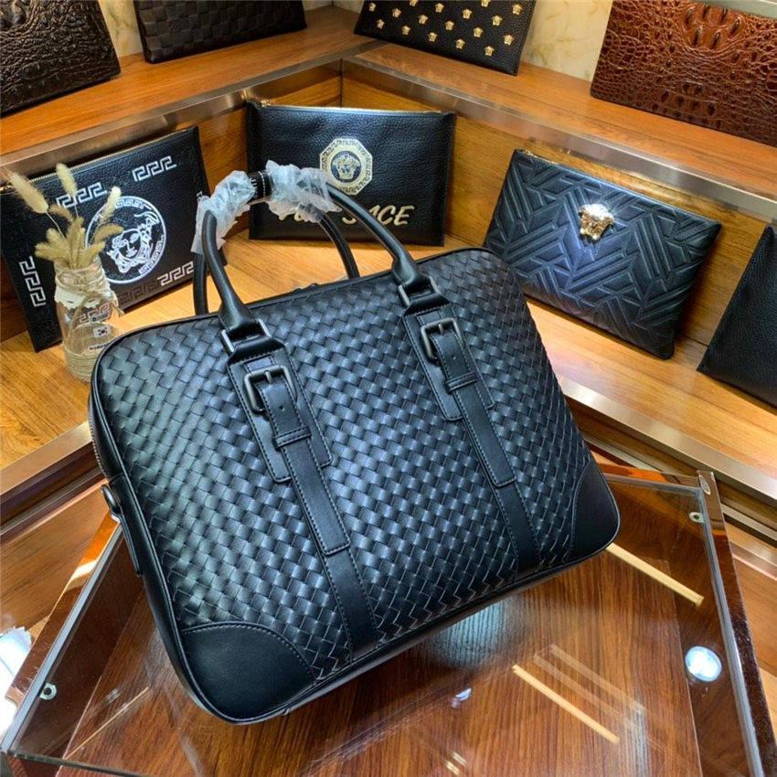 손으로 짠 브랜드 디자이너 서류 가방 남성을위한 새로운 도착 고품질의 비즈니스 가방 정품 가죽 비즈니스 노트북 가방