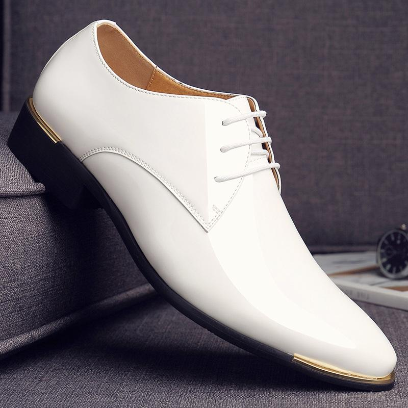 Hot Men Leather Shoes Pointed Toe Men Dress Shoes Fashion Patent Leather Wedding Party Flats Italian Fashion Men Formal Oxfords 2A