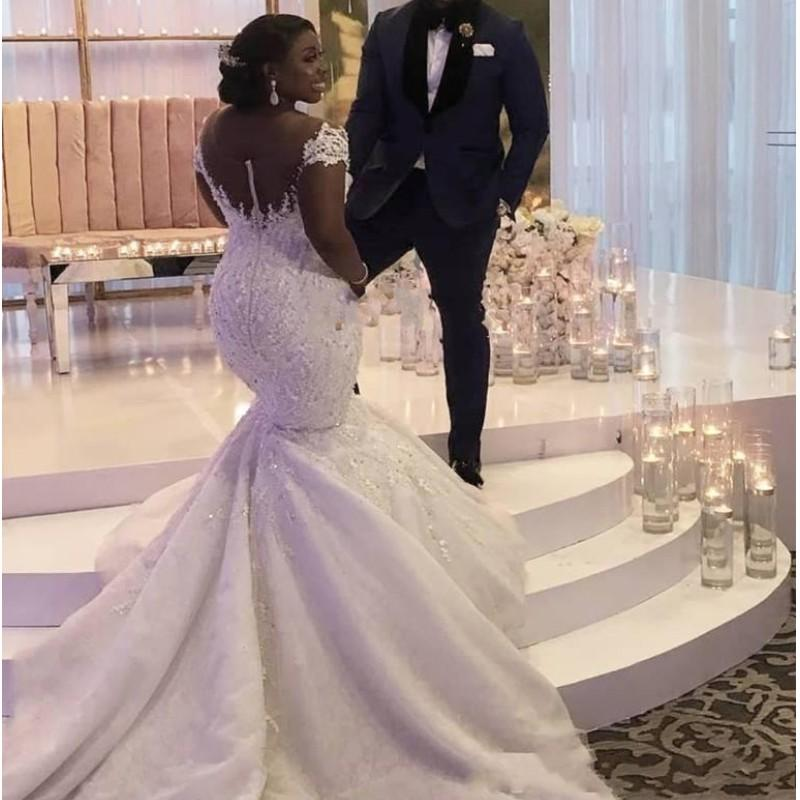 African Mermaid Wedding Dresses Plus Size Sheer Neck Illusion Back Buttons Appliques Capped Beads Sequins Bridal Gowns vestidos de novia