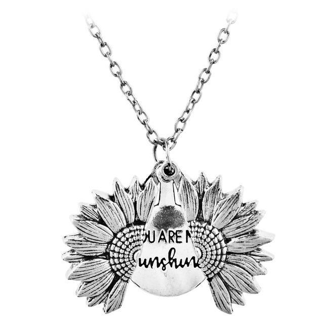 2020 Мужская и женская мода новое ожерелье творческого подсолнечника кулон ожерелье пальто дикое ожерелье пара подарок