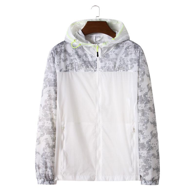 Men Sunscreen jacket 2020 Mens Hooded Jacket Windbreake Male Casual Outwear Ultralight Summer Quick Dry Print Coats