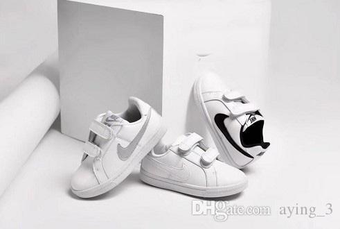 zapatillas nike niño velcro 28