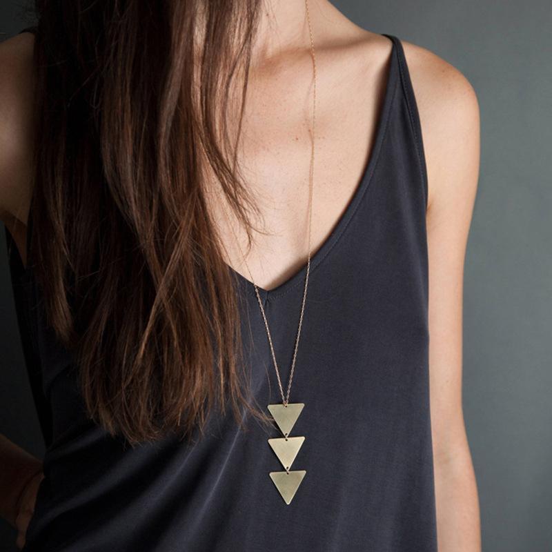 2020 neue Art und Weise Frauen Goldkette Choker Dreieck lange Halskette schmuck weibliche Frauen-Schmuck-Hals