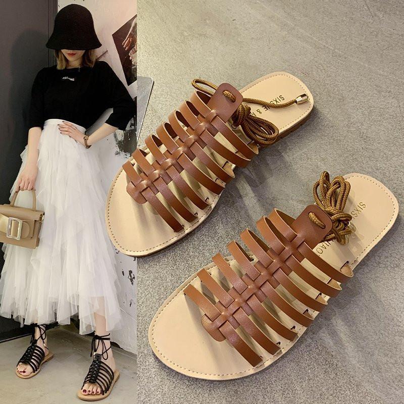 Plaj Sandal Kadın Lüks Moda Bayan Ayakkabı 2020 Bayan Sandalet Kama Çapraz ayakkabılar Açık Burun Terlikler Platformu strappy