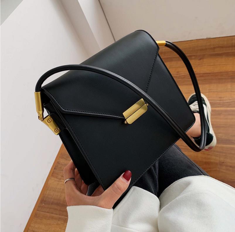 Мода Messenger маленькие черные сумки для женщин 2020 новые универсальные простые сумки на одно плечо ретро маленькая квадратная сумка