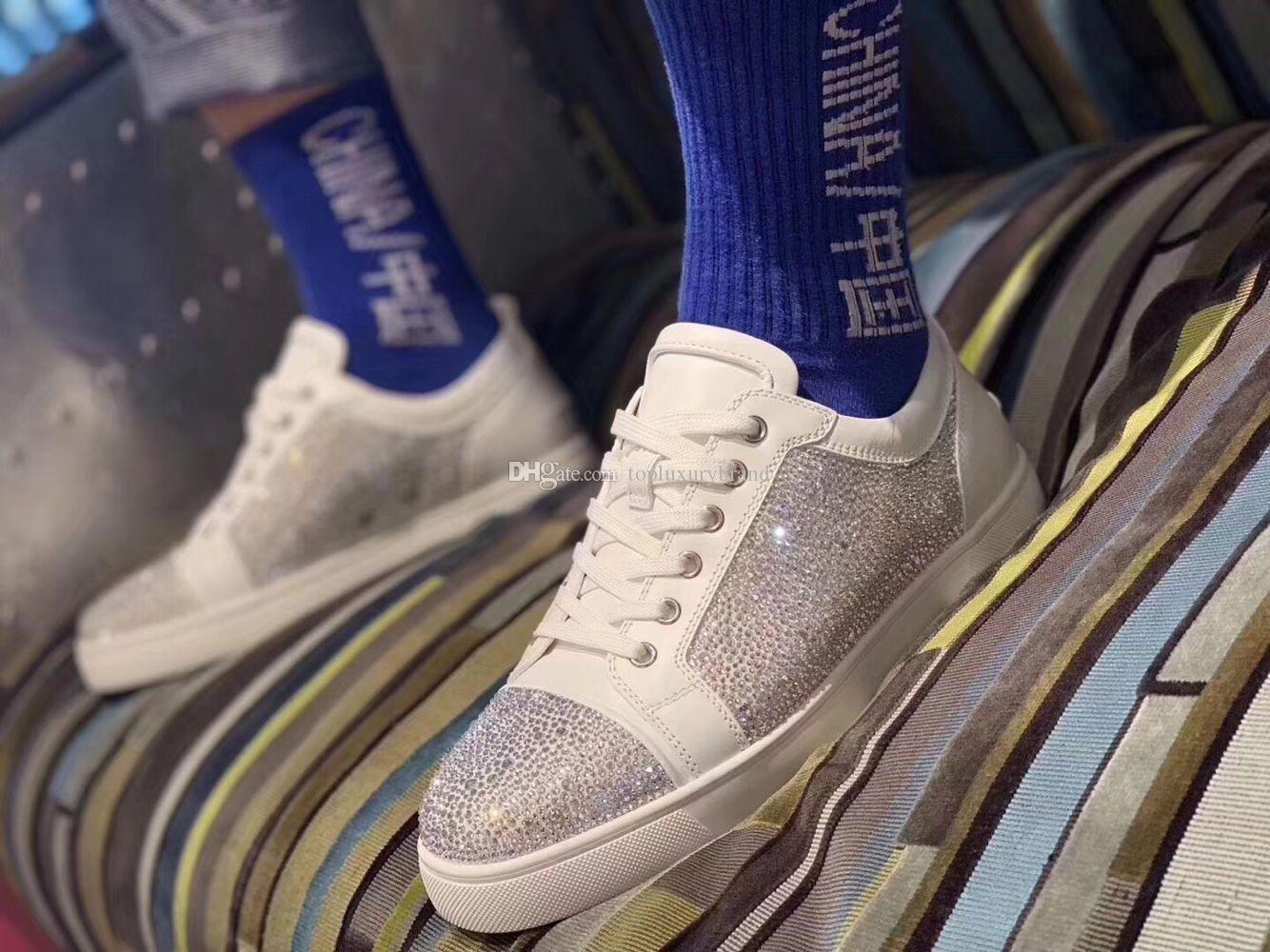 2020 Yeni Özel Fırsat Deri Beyaz Rhinestone Strass Kırmızı Alt ayakkabı erkekler Kadın Düz Kırmızı Sole Ayakkabı Düşük En Sneaker Dantel-up Günlük Ayakkabılar
