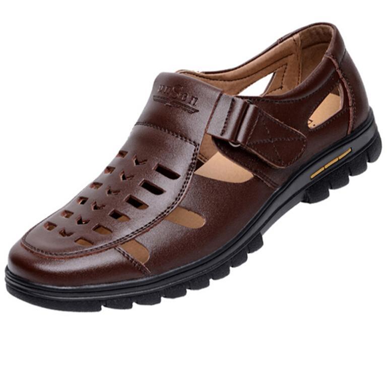 Verano negro zapatos marrones moda hombre ahuecado sandalias de cuero genuino hombre transpirable zapatos casuales padre sandalias de cuero
