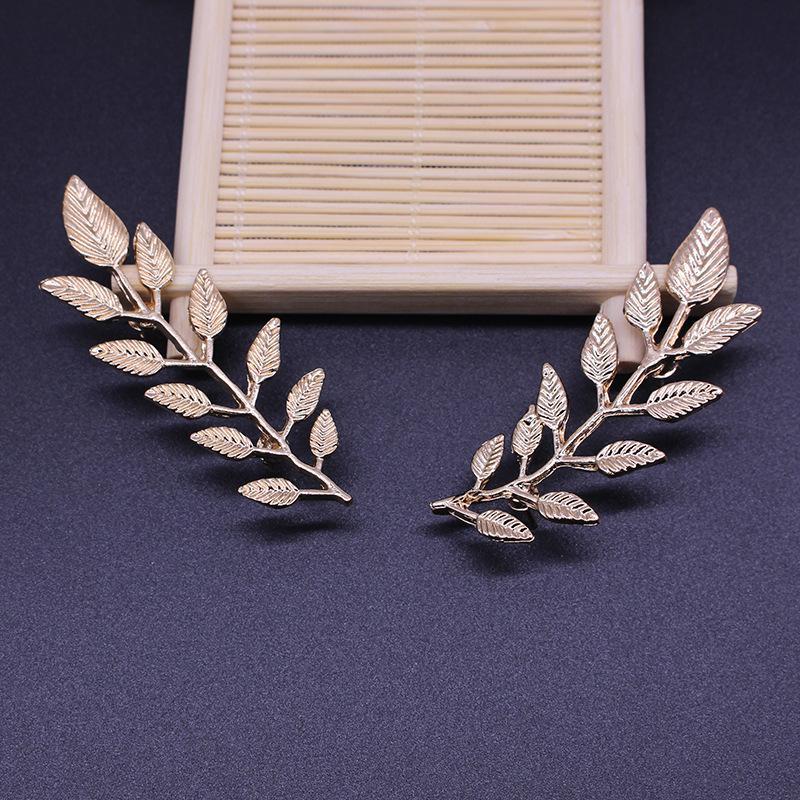 Camisa personalizada cuello pin nueva llegada de alta calidad al por mayor hombres hoja broche broche de oro plata
