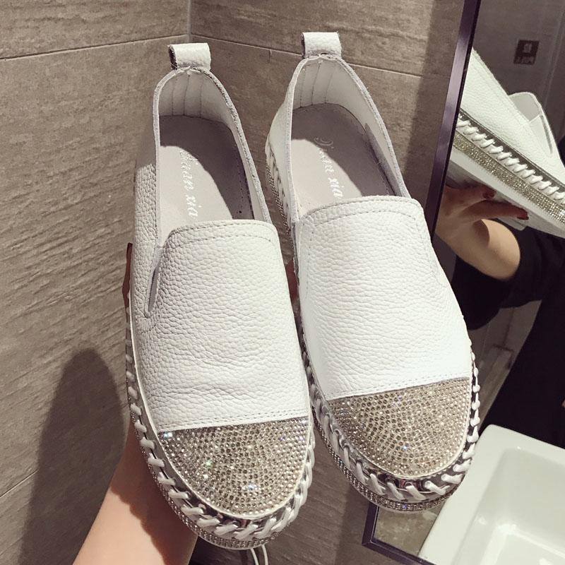Europea famosa marca remiendo Alpargatas mujer de los zapatos de cuero genuino enredaderas Pisos señoras de los holgazanes del cuero blanco Mocasines CJ1911106