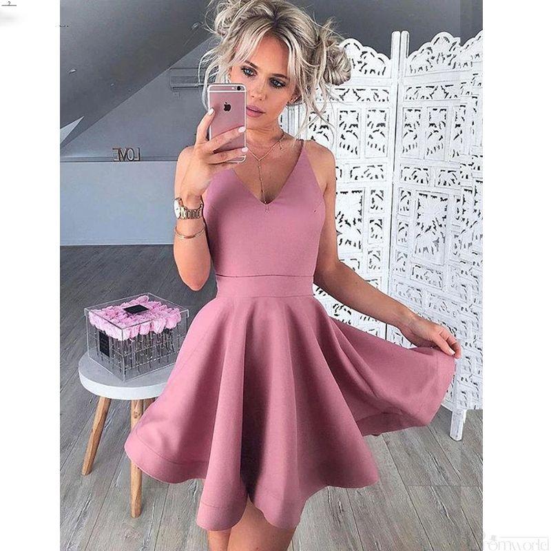 Vol en V Sans manches Short Blush Satin Satin Balcoming Robes De Homecoming 2019 Robe de cocktail à la ligne Vestido de Graquacio