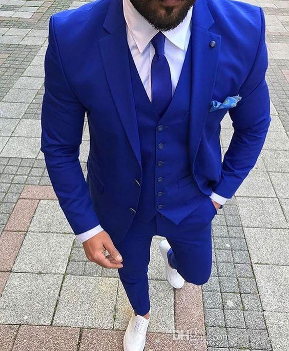 2019 New Arrivals Two Buttons Royal Blue Groom Tuxedos Notched Lapel Groomsmen Best Man Suits Mens Wedding Suits (Jacket+Pants+Vest+Tie)