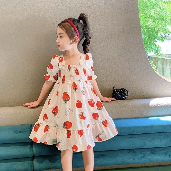 Filles fraises Robe d'été imprimée nouveaux enfants volants bouffée élastique enfants robe manches courtes boucles de lacets en coton robe de princesse A2803