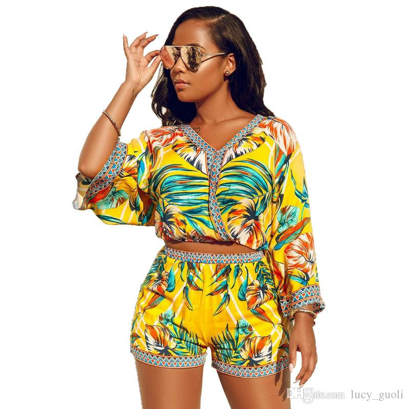 Bohemian Floral Print Beach Two Piece Set Romper Jumpsuit Short Palysuit 2 Piece Set Women Sexy Crop Top and Shorts Suit Beach Rompers