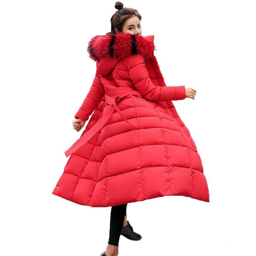 Chaqueta de las mujeres del invierno 2018 Nueva largas chaquetas casuales gran cuello de piel de la capa encapuchada Outwear Parkas delgada de las mujeres de invierno chamarras de mujer