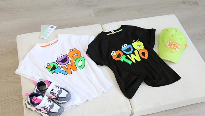 1kwFl Verão 2020 meninas Sesame T-shirt roupas Han fanliang carta cartoon cor das crianças impressão ocasional gola redonda Rua curto-sleev