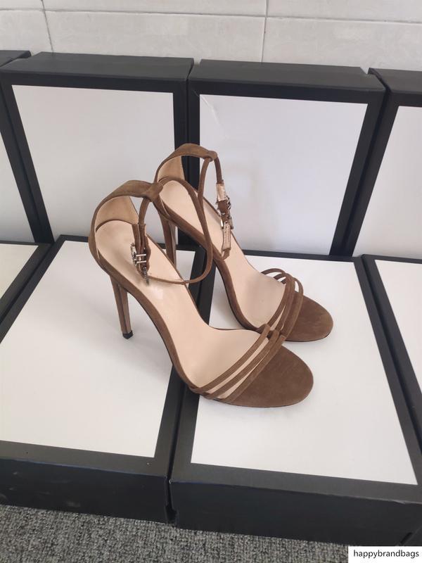 Hot gros Sandales de Suede en daim noir talon aiguille Chaussures de créateurs de luxe Sandales Brown Taille 35-42 avec la boîte
