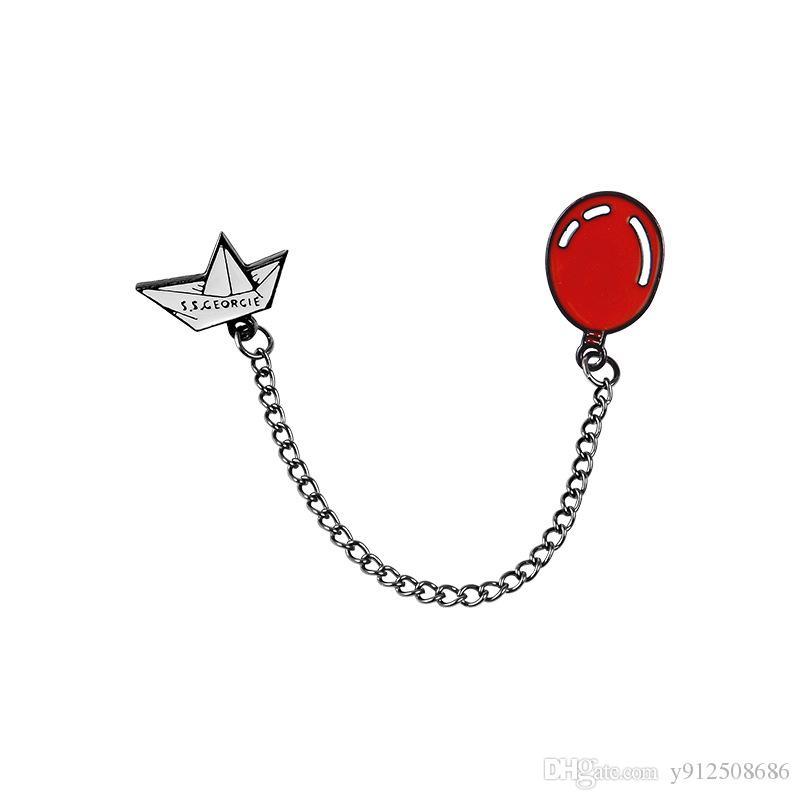"""Bateau en papier blanc """"S.S CEORCIE"""" Ballon rouge Connexion en chaîne en métal Enamel Broche Broche Horreur Movie Denim Cuir Badge créatif"""