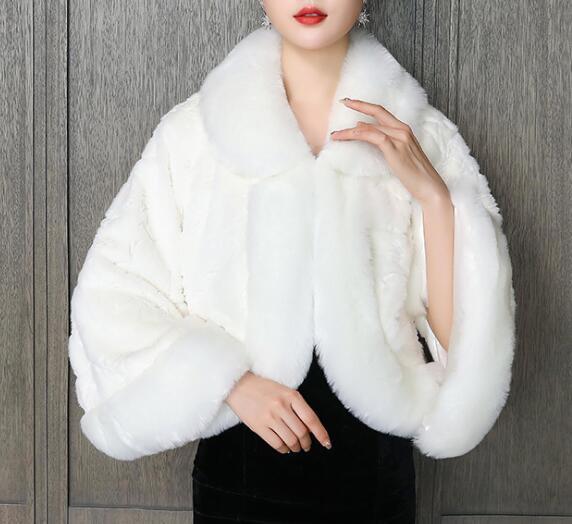 2020 Bolero bon marché Bolero chaud hiver hiver wraps nouvelle arrivée livraison gratuite accessoires de mariage Velos de novia