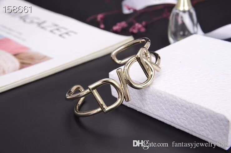 2020Fashionable hot sale new letter bracelet luxury custom brass material gold-plated spring and summer open bracelet