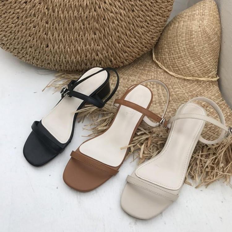 Deusa2019 sandálias com fada grossa vento tarde da noite toe uma fivela trazer sapatos de salto alto mulher coringa