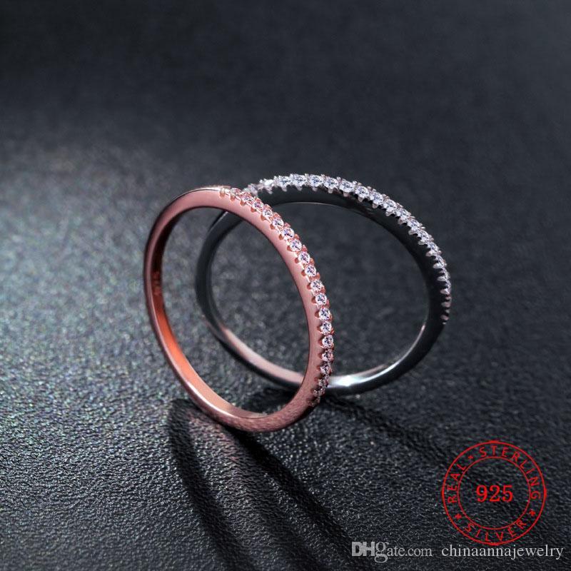 Высококачественный штампованный S925 Стерлинговое серебро Обручальное кольцо с белыми кубическими циркониями Великолепные женские Дверины Yiwu Оптом
