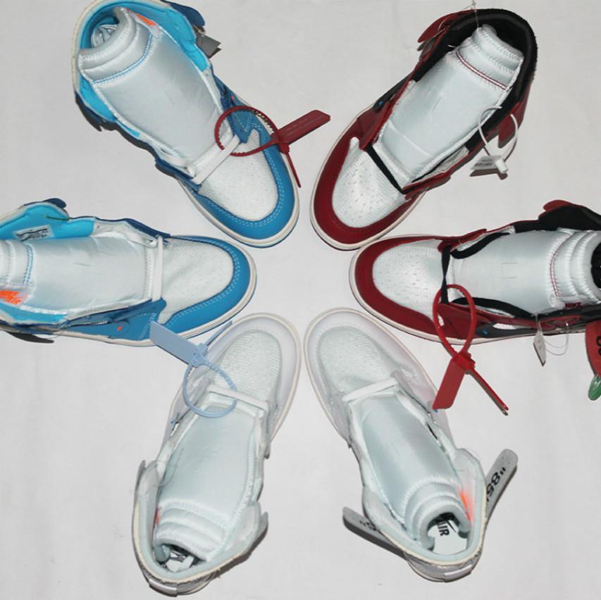 De haute qualité 1 OG Basketball Hommes Chaussures Chicago rouge 1S Chaussures de femmes chaussures de marque UNC Powder Blue nous Formateurs Marque Sport Chaussures