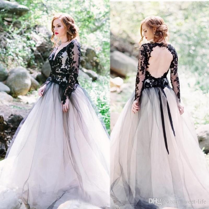 Vintage 2020 Black Lace White Plus Size Wedding Dresses Sexy V Neck Backless Illusion Long Sleeves Gothic A Line Bridal Gowns