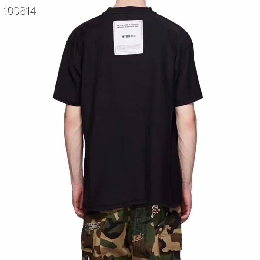 Printemps Eté 2020 Luxe Retour Patch Vetements de haute qualité T-shirt Mode Hommes Femmes Porter l'intérieur-out T-shirt décontracté Coton Tee Top