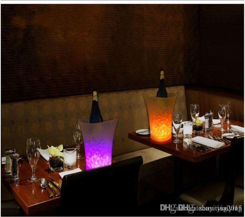 5L Cilt plastik led buz kovası renk değiştirmeyen, 5L LED gece kulüpleri hafif yukarı buz kovası şampanya şarap bira kovası barları barlar