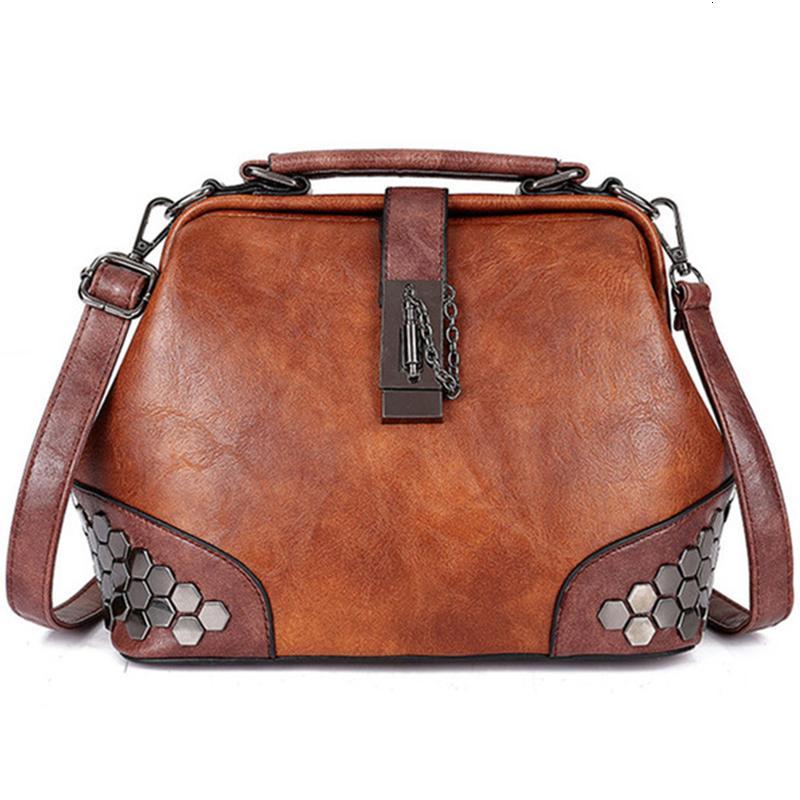 Donne borsa piccola borsa in pelle donna Tracolla dottore femminile del sacchetto di Crossbody borsa blocco catena Rivetti donne dell'annata Borse V191121