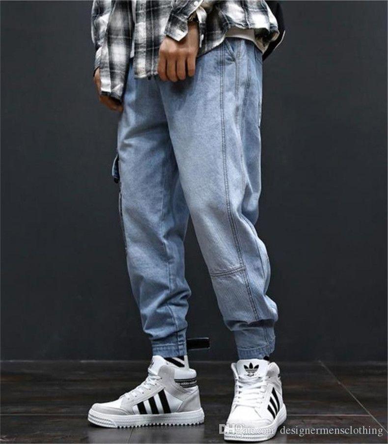 Compre Hiphop Pantalones Flojos Azules Claros Hombre De Los Vaqueros Para Hombre De La Manera De Largo Con Bolsillos De Carga A 24 51 Del Offwhitetee Dhgate Com