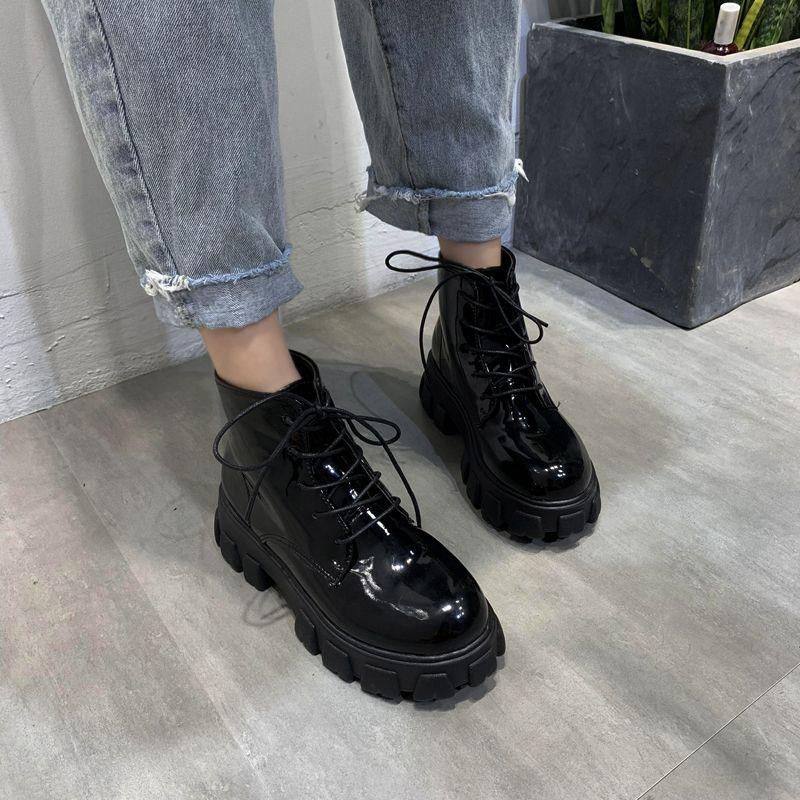 2020 حذاء جديد إمرأة أحذية شتاء المرأة الرباط حتى القوطية منصة الأسود جلدية السيدات الكاحل أحذية نسائية الأزياء والأحذية بوتاس