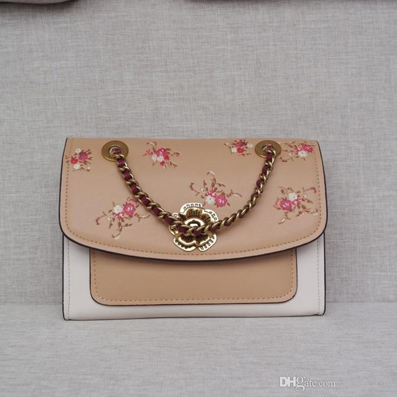 High-quality Large capacity fashion women shoulder bag luxury women handbag Global Limited Edition Backpack Travel Bag 54939-222