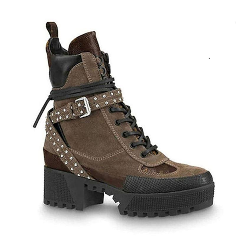Formateurs coeur plate-forme Desert Boot New Arrival Femme Noir Laureate cuir Plate-forme 1a43r7 avec sac à poussière Livraison gratuite