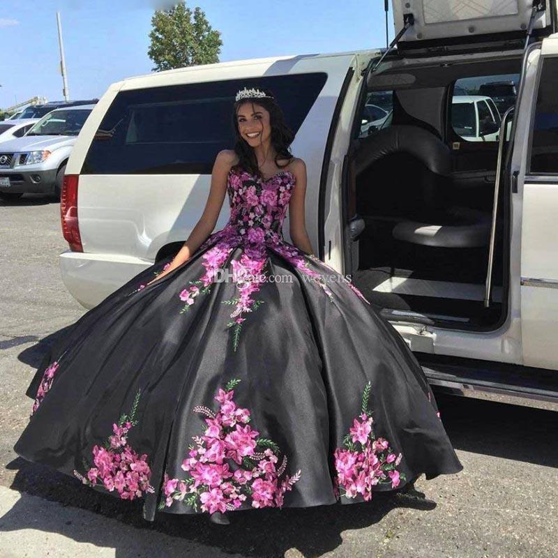 Black Ball Gown Quinceanera Dresses Lace apliques de plissado saia de cetim doce Vestido 15 Vestido Lace Up Birthday Party Voltar júnior meninas