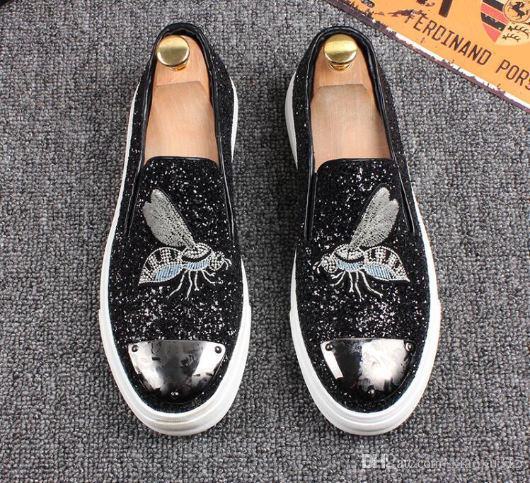 Hayvan metal nakış arı lüks tasarımcı erkek ayakkabı moda loafer'lar erkek spor ayakkabı tekne Deri erkek ayakkabı üzerinde Kayma