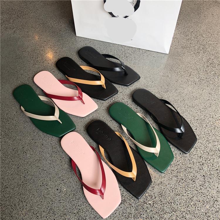 Chaussons Chaussures Casual Slides caoutchouc Tongs bas d'été femme Slipers femmes Luxe hawaïenne douce plat Plage 2020 Tissu