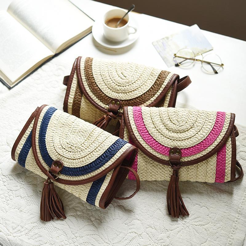 Spring and Summer Women's Fringed Envelope Bag Fashion Leisure Straw Woven Handbag Rattan Purse Cross-Body Single Shoulder Bag
