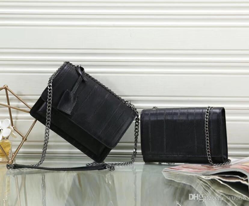 2019 new shoulder bag, diagonal postman bag, letter logo front flap bag, with side gussets, leather chain shoulder strap