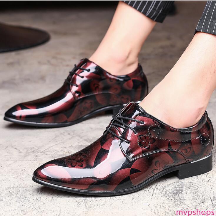 19ss New Luxury PU Casual Leather Driving Oxfords Partido Flats sapatos Mens Loafers mocassins italianos Homens sapatos de casamento