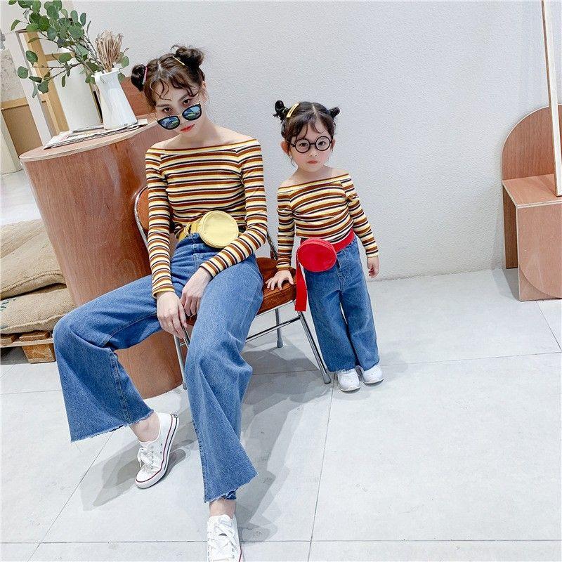 Mommy and Me Abbigliamento Camicie camicia coreana Moda a maniche lunghe a righe Madre Figlia di corrispondenza vestiti Famiglia Vestiti uguali