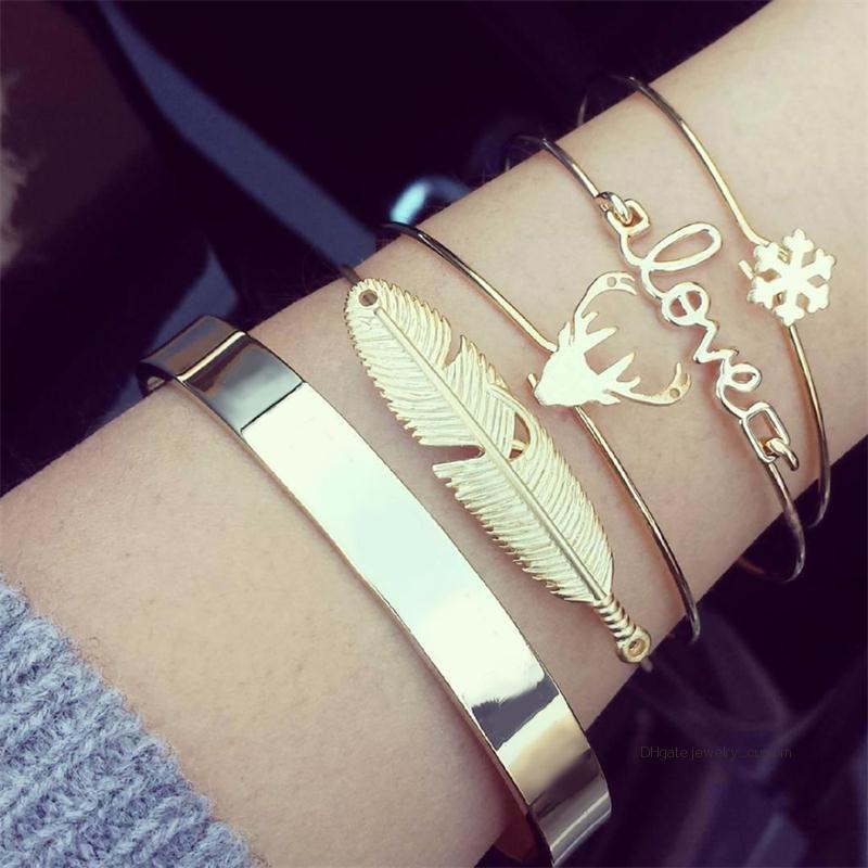 4 Teile / satz Mode Retro Frauen Blätter Elch Liebe Schneeflocke Öffnen Armband Exquisite Party Gold Armband Set