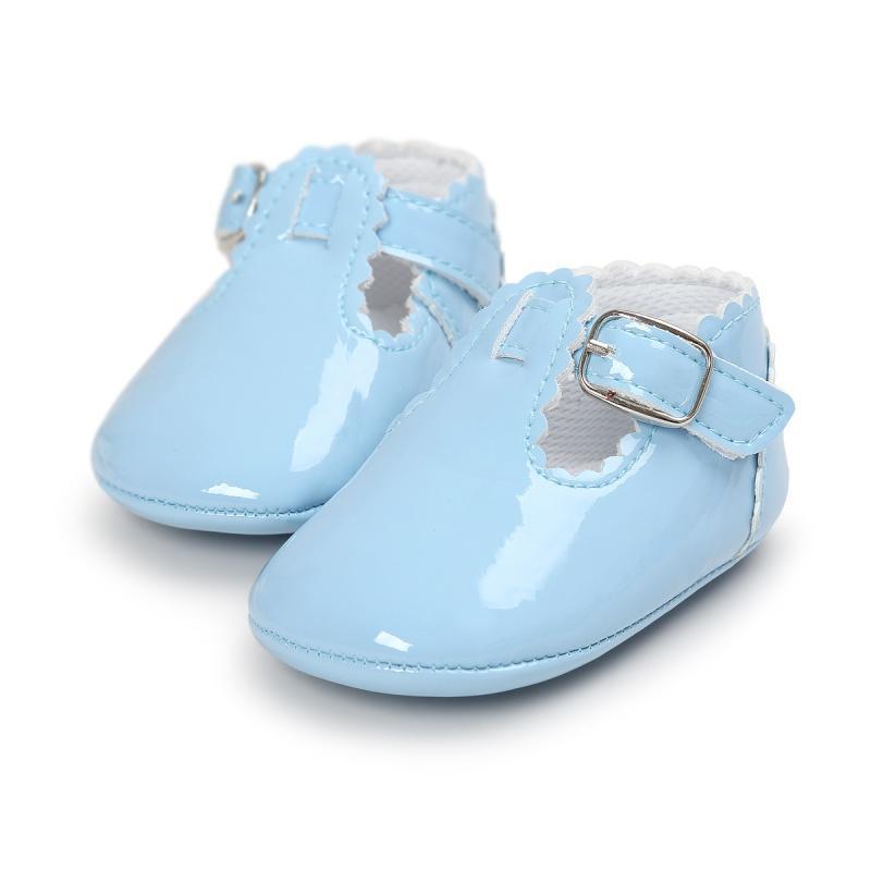 Nueva PU Prewalkers zapatos del bebé del niño de la princesa suave 0-18M zapatos inferiores Firstwalkers Tamaño