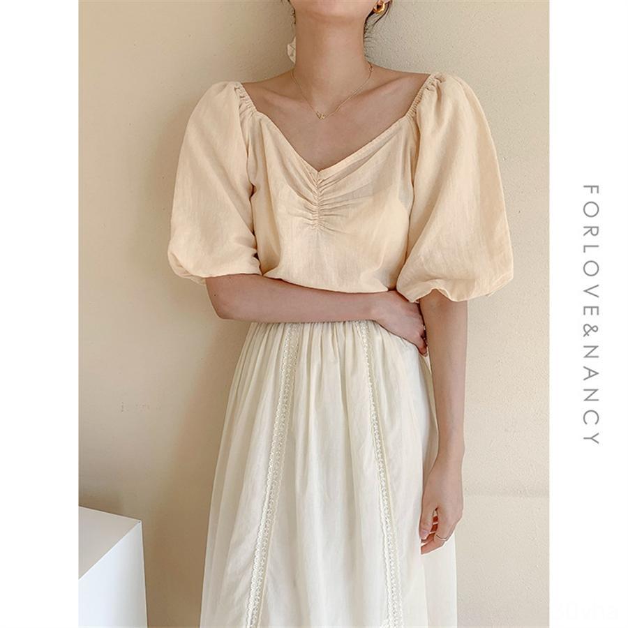 FN тринадцать линии женской одежды 2020 лето V-образный вырез пузыря рукав топ женского дизайн меньшинство случайного короткий национальных рубашек рукав рубашка женщины 66